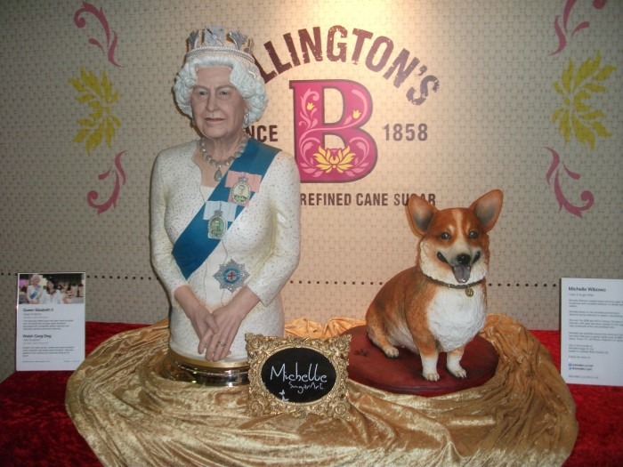 Queen and Corgi Cake