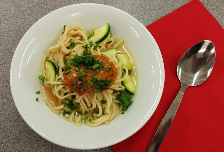 Healthy eating recipes vegetable noodle broth