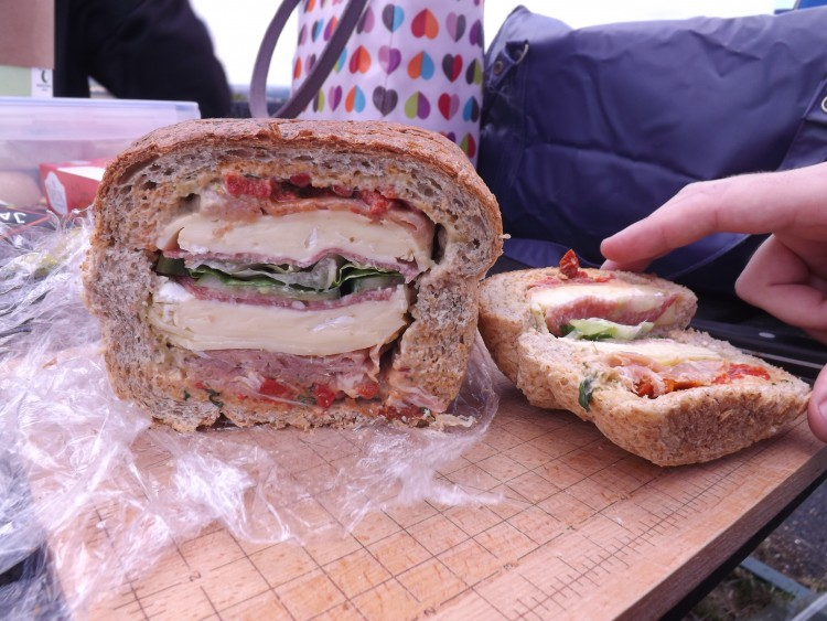 Lojo Vs The World - How to make a Picnic Loaf