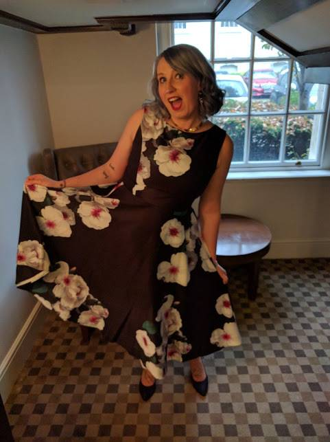 wedding guest outfit