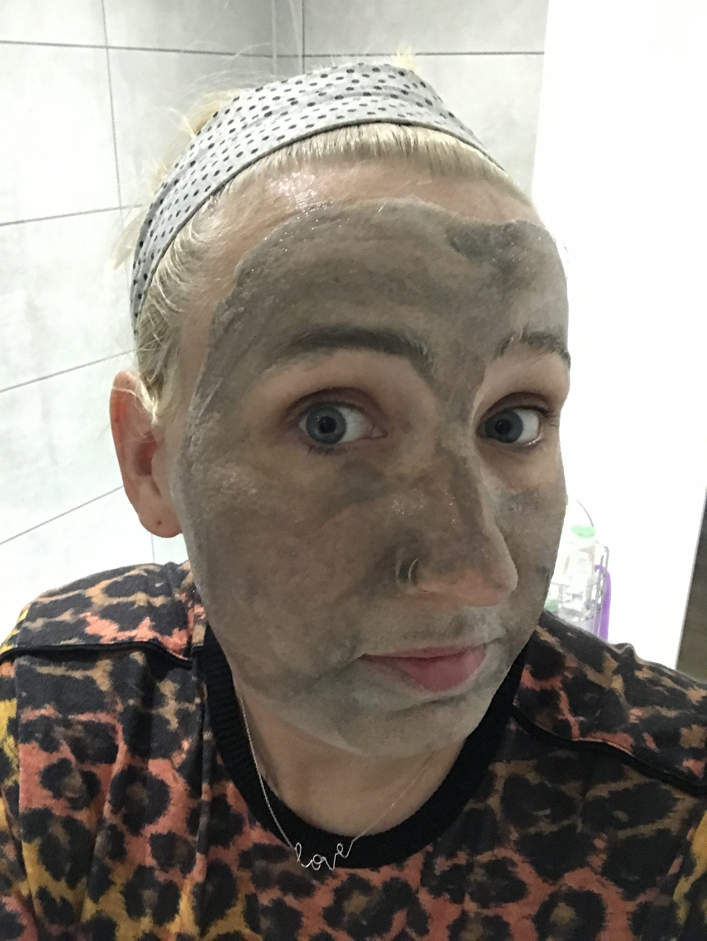 Straight after bubble mask application - Lojo vs the world