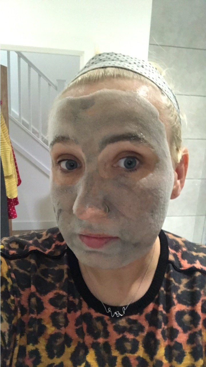 starts bubbling - bubble face mask review - lojo vs the world