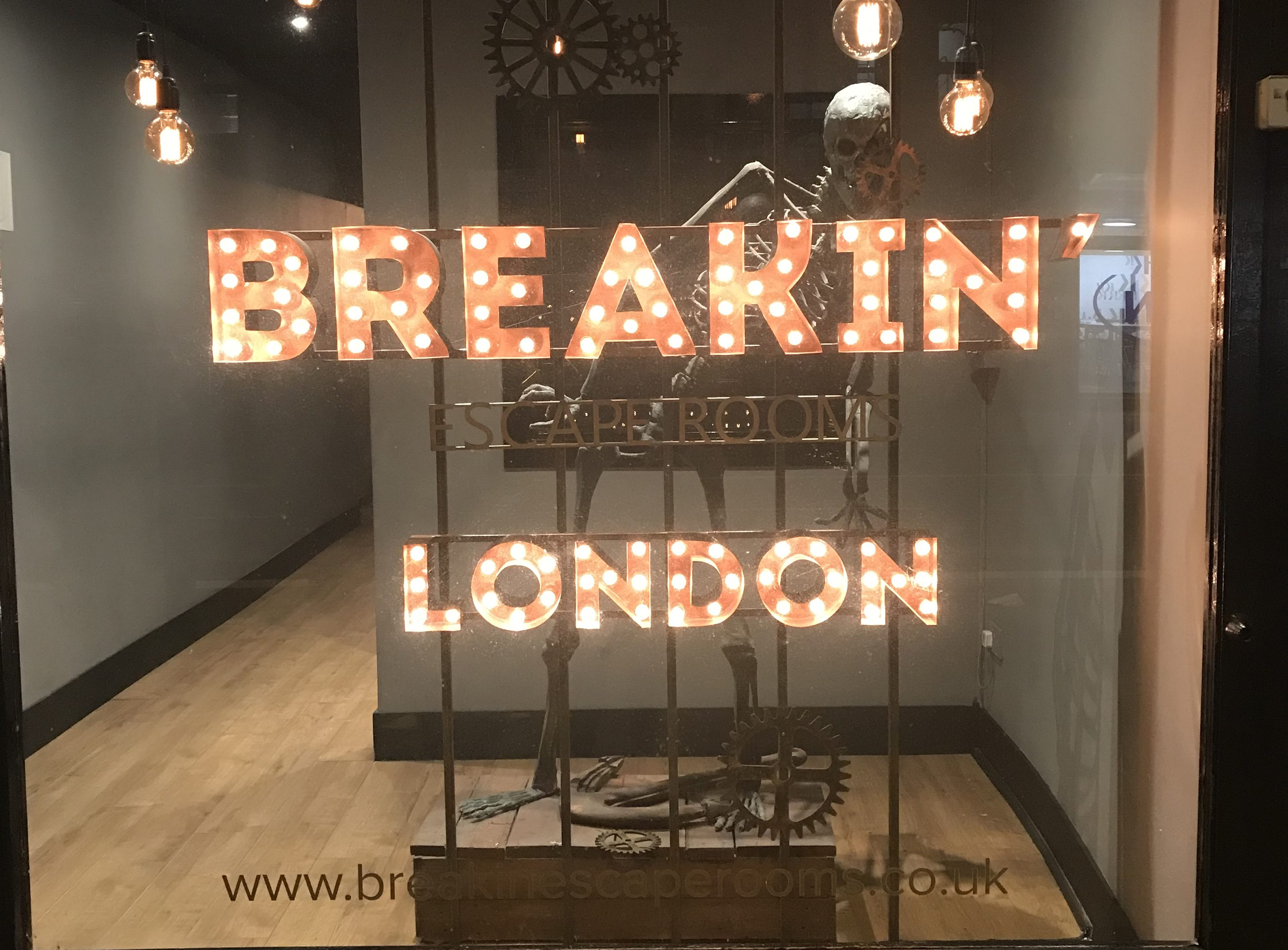 breakin escape room