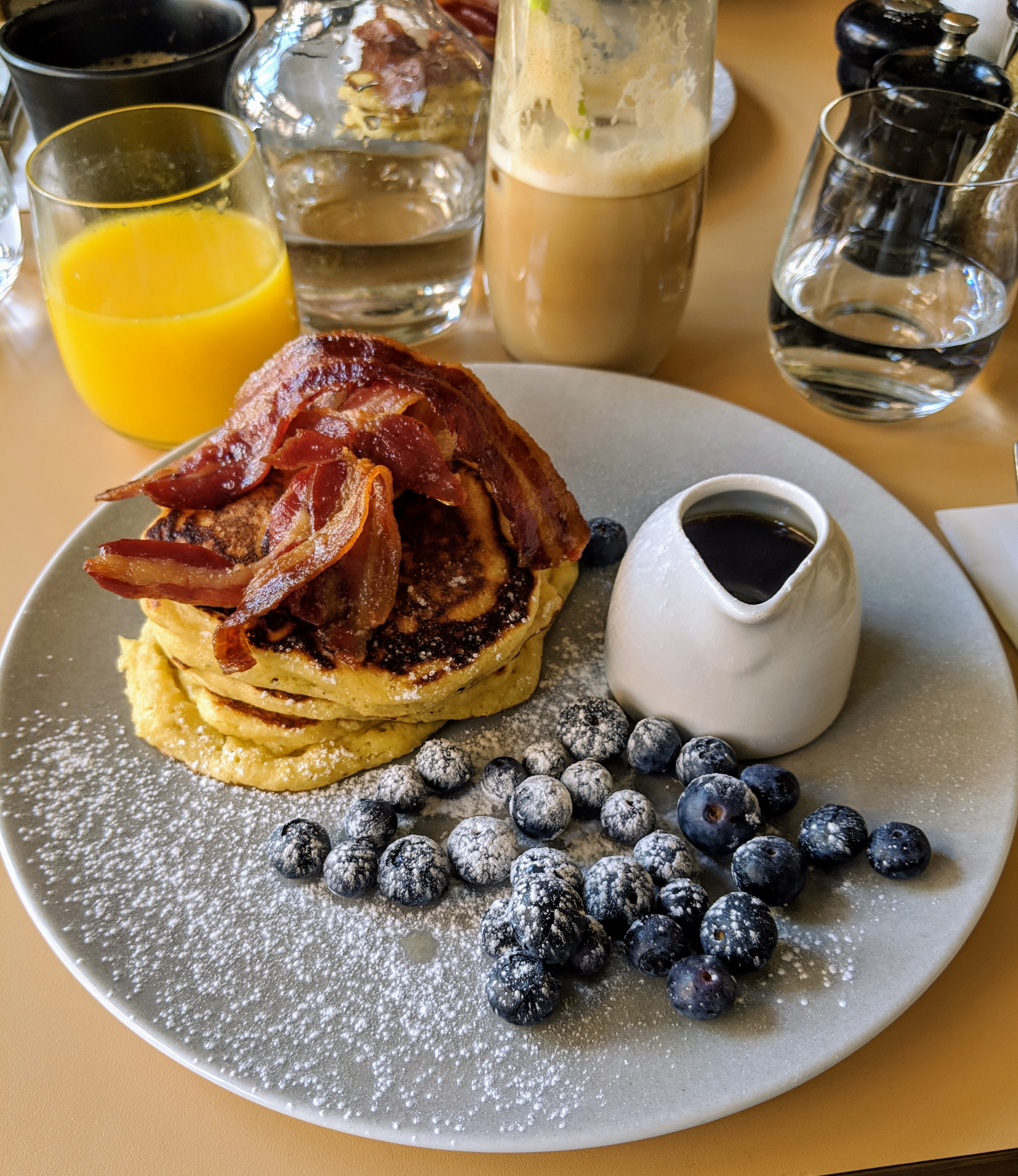 pancakes with bacon and blueberries